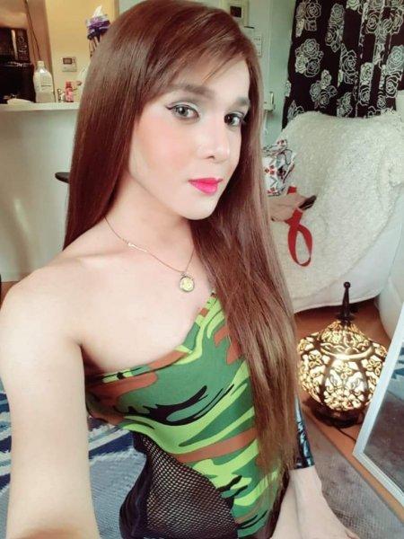 Asian trans Ladyboy ts cd massage service in Blackburn l